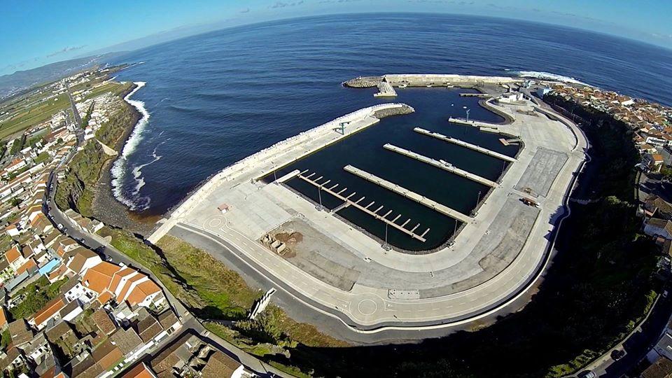 Clube Naval de Rabo de Peixe - Porto de Pescas